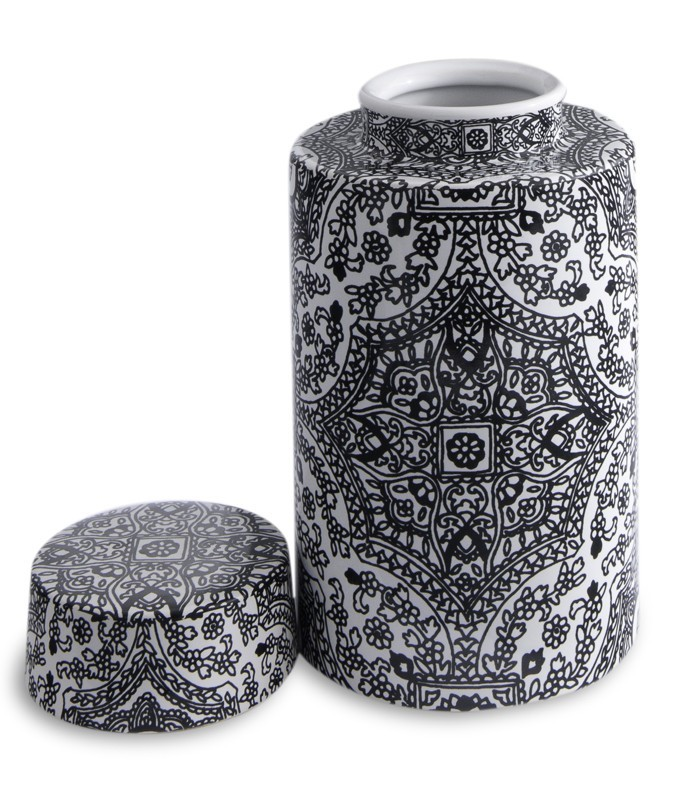 Paisley Patterned Ming Style Vase